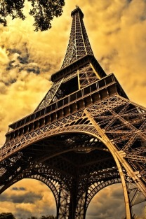 the-eiffel-tower-103417_960_720